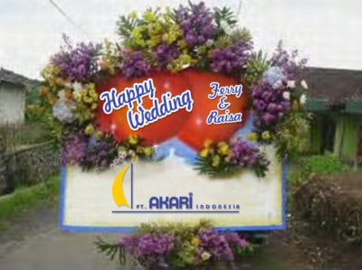 Karangan Bunga Happy Wedding Malang 8