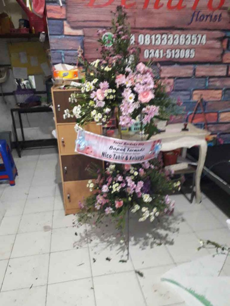 Standing Flowers Malang 9