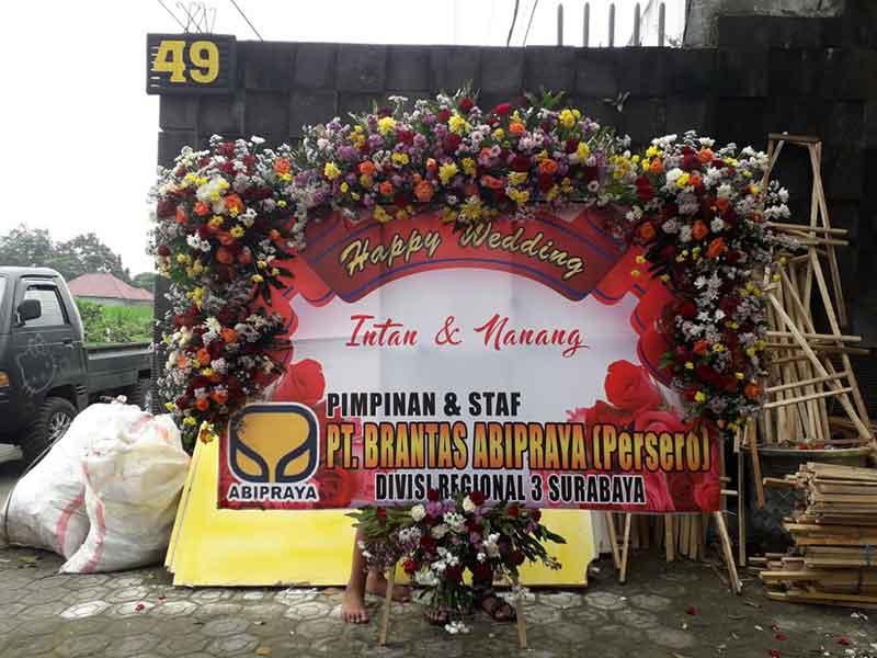 Karangan Bunga Happy Wedding Malang 5